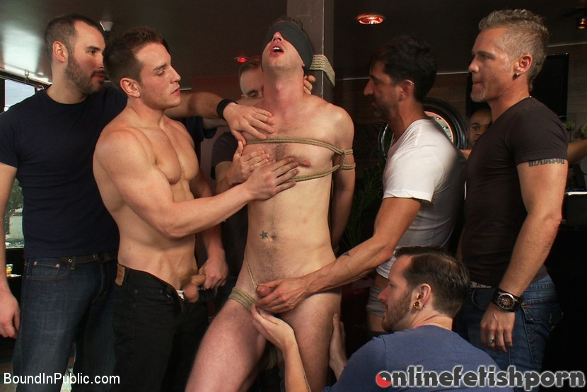 Boundinpublic.com – Muscle stud uses and abuses his.. Dylan Roberts & Tony Hunter 2012 Male Sub