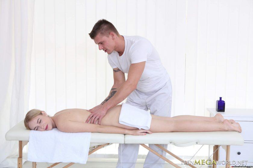 Tricky-masseur.com – Masseur Fucks a Beauty Arteya 2016 Massage