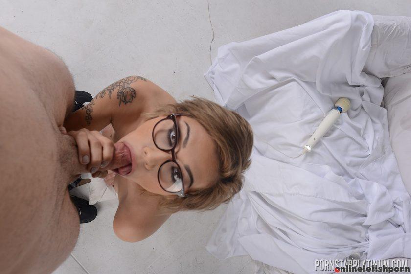 Pornstarplatinum.com – Aubrey Luna in A Cock Sucking For.. Aubrey Luna 2015 Small Tits