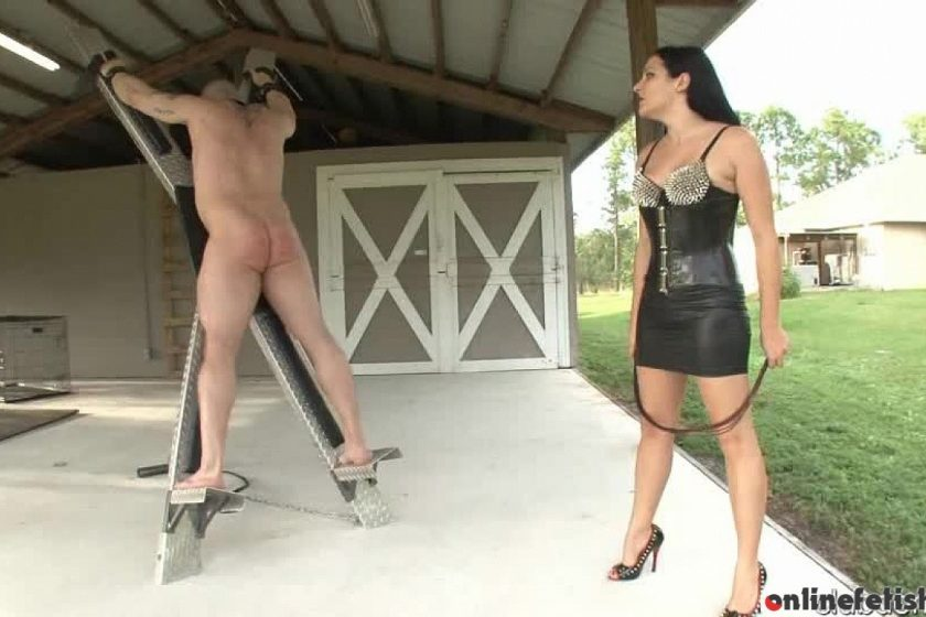 Clubdom.com – Mistress Lacy's Cruel Whip Michelle Lacy 2013 Whipping