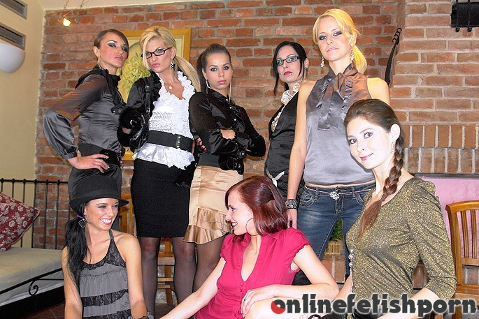 Pissinginaction.com – Roll The Dice For All The Piss.. Dina & Mischelle & Ferrera Gomez 2011 Orgy