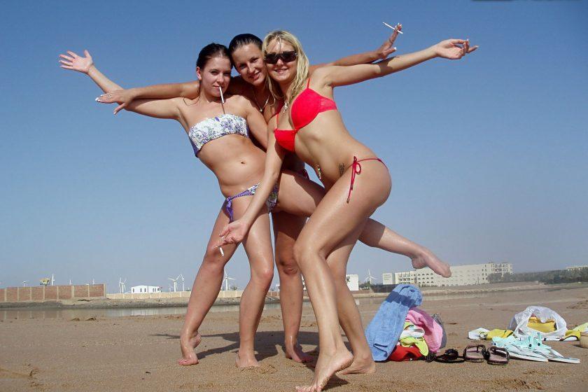 Pornweekends.com – Egypt porn with hot bikini girls:.. Lexxis & Zuzka & Leony April 2012 Masturbation