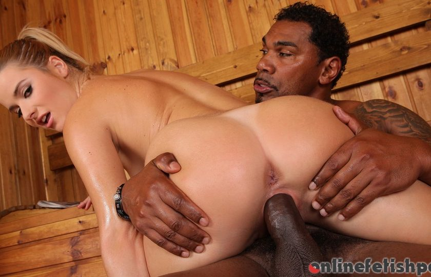Handsonhardcore.com – Sauna Encounter Charlyse Bella 2013 Barefeet