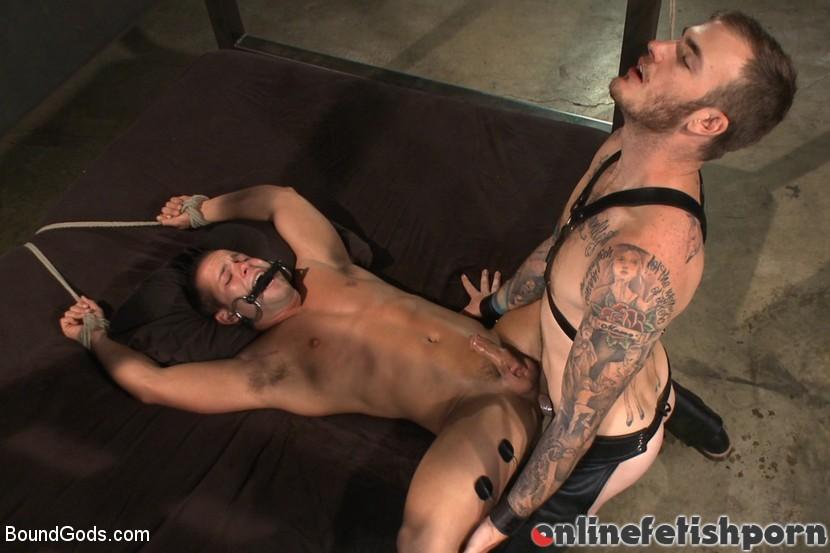 Boundgods.com – 12 Days a Slave Christian Wilde & Luke Adams 2014 Rough Sex