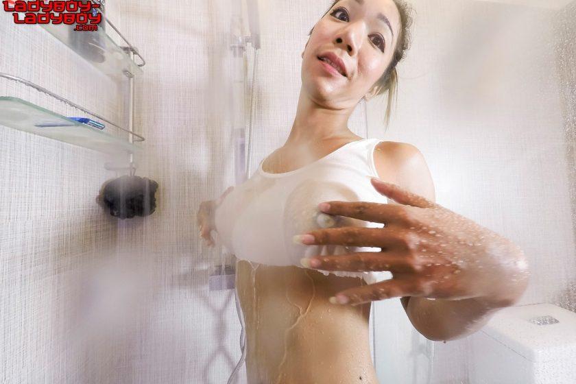Ladyboyladyboy.com – Julie's Hot Cum Load Julie 2015 Transsexual