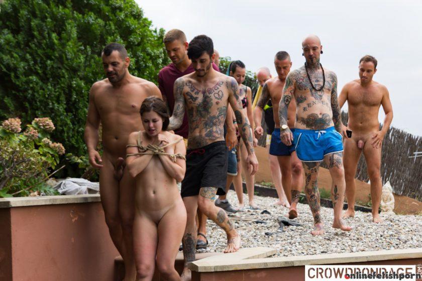 Crowdbondage.com – BDSM group domination &.. Juan Lucho & Antonio Ross & Cassie Fire 2019 Obedient