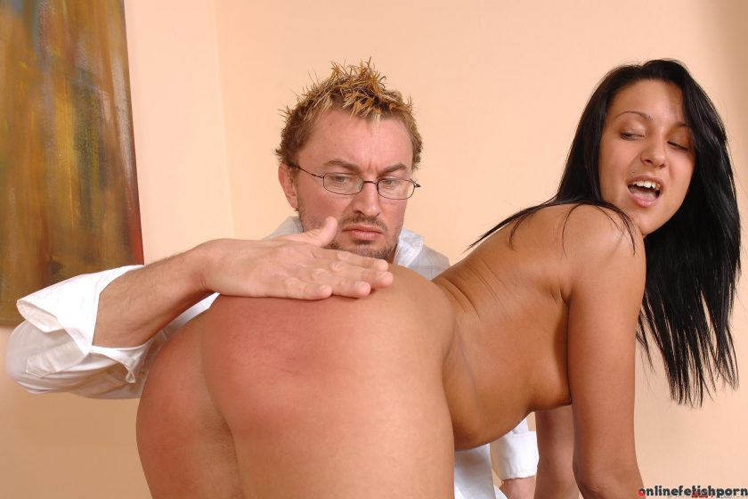 Houseoftaboo.com – Amateur spanking series! Lee Dia 2008 Fetish