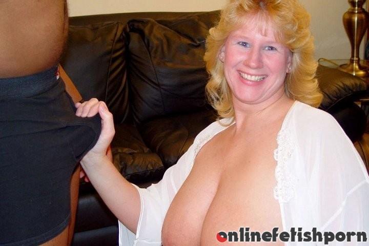 Plumperpass.com – Big Tits Tawnie Tawnie 2008 Threesome