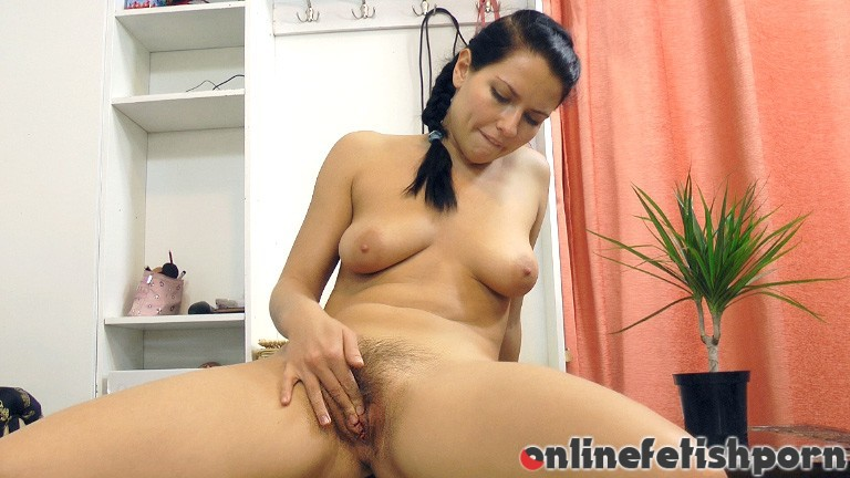 Wearehairy.com – Indy and her remote control.. Indy 2012 Brunettes