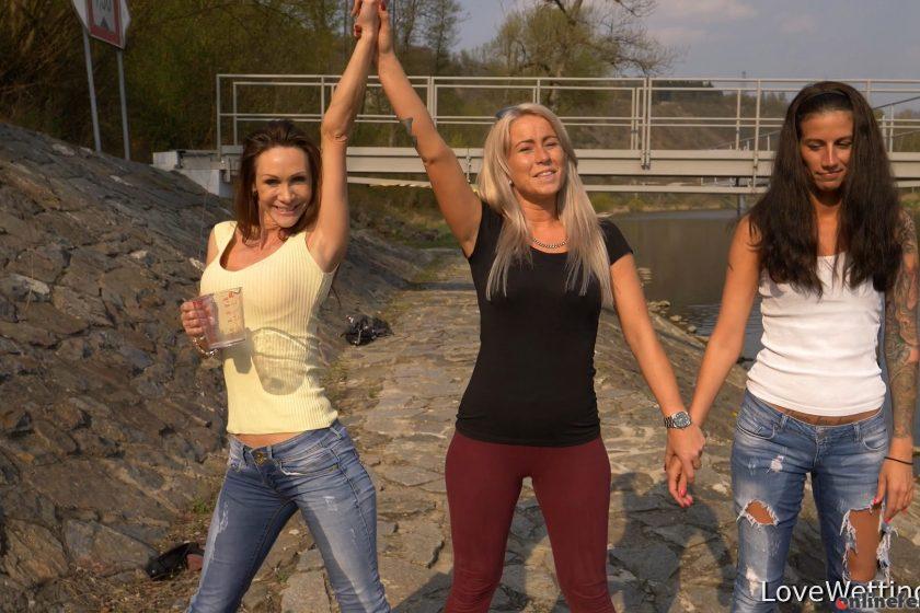 Lovewetting.com – Cynthia Vellons – Jug contest.. Cynthia Vellons 2018 Jeans