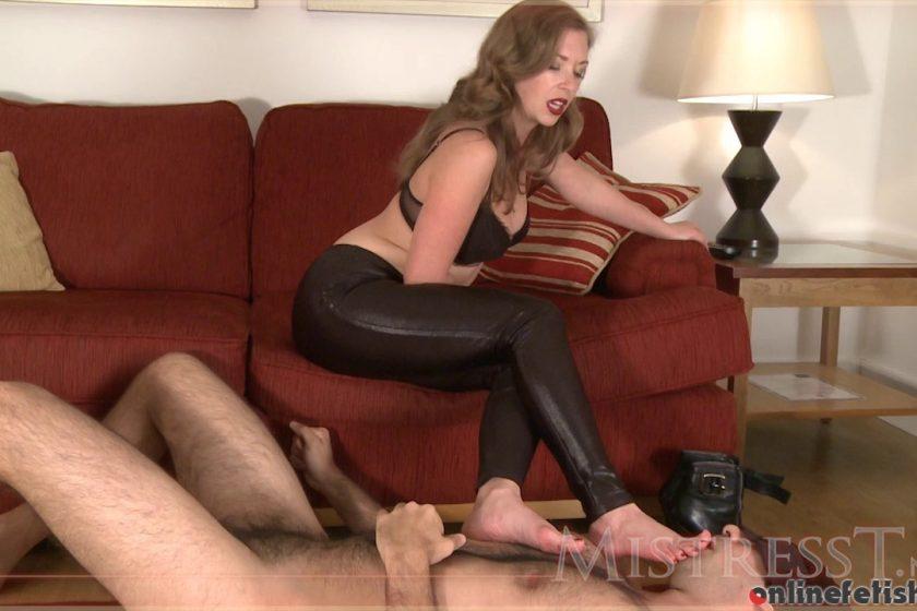 Mistresst.com – Super Dork Gets Cuckolded  2011 FUCKING