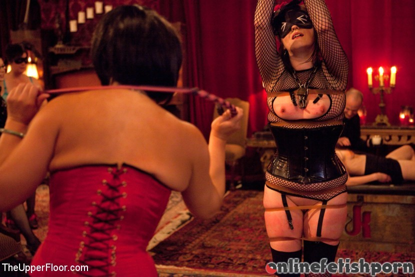 Theupperfloor.com – Masters' Evening Sparky Sin Claire & Iona Grace & Sophie Monroe 2011 Master