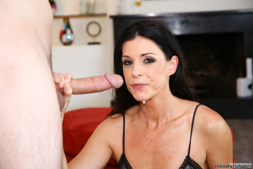 Throated.com – India's Throat Is Second To None India Summer & Brad Knight  Oral