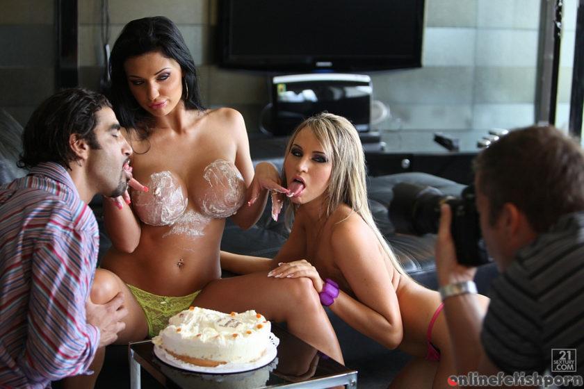 21sextury.com – Backstage of Birthday party Aletta Ocean & Aleska Diamond 2010 Threesome