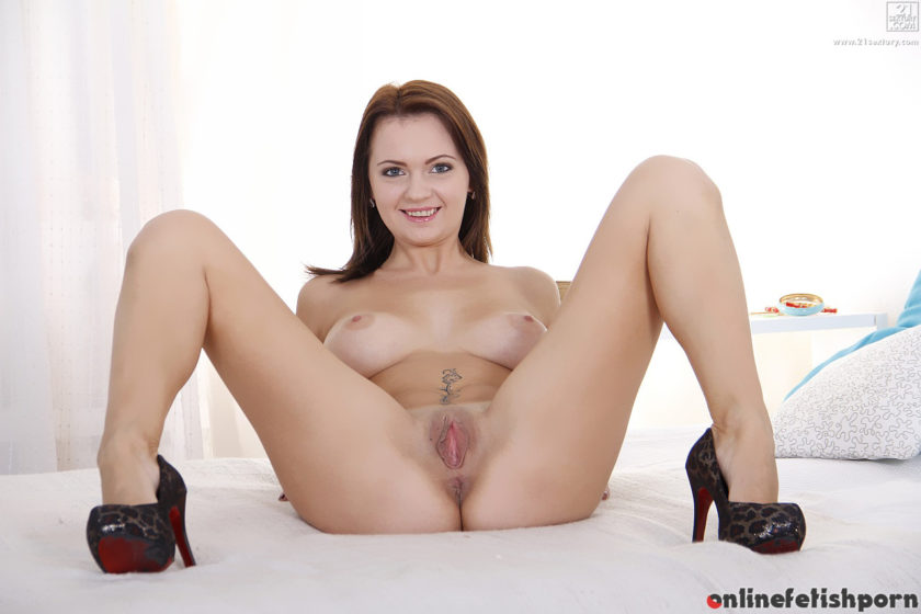 21sextury.com – The Butt Treatment Emily Thorne 2015 One On One